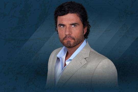 José Luis Falcón (Diego Olivera)