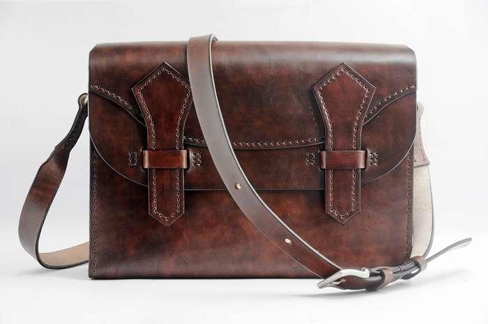 ทำไมถึงต้องเลือกกระเป๋าหนังแท้ handmade ?